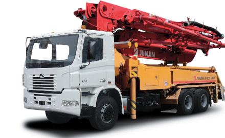 Какое оборудование необходимо для работы с бетоном?
