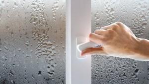 Что делать, если пластиковые окна «потеют» и «плачут»