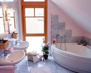 Как подобрать сантехнику для маленькой ванной.