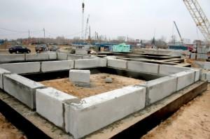 Преимущества и особенности фундаментных блоков