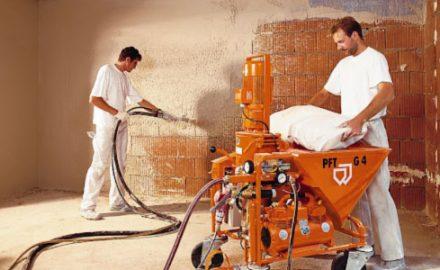 В чем преимущества механизированной штукатурки стен?