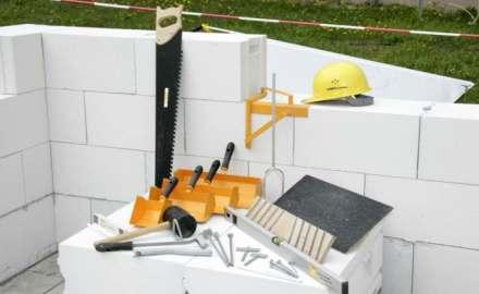 Преимущества газосиликатного кирпича в строительстве