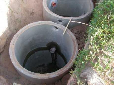 Септик состоит из двух колодцев, в каждом из которых нужно проводить гидроизоляцию