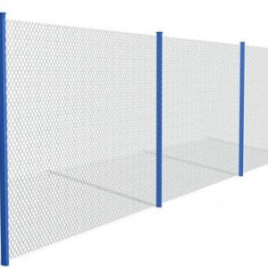 Забор из сетки рабицы в натяг