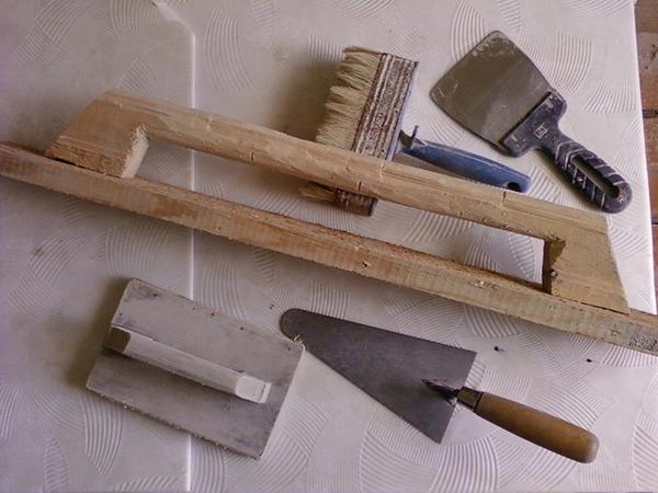 инструменты, необходимые для строительства мангала из кирпича