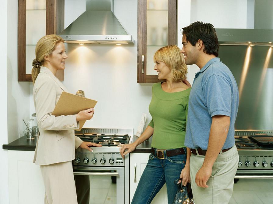 Кратко об особенностях сдачи квартиры внаем через агентство недвижимости