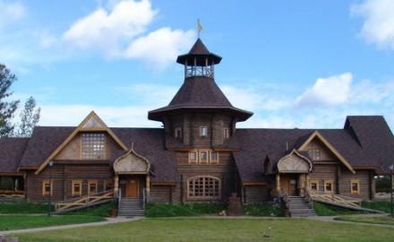 Какое кровельное покрытие выбрать для деревянного дома?