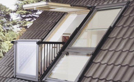 Как монтировать мансардные окна