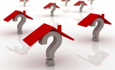 Стоит ли покупать жилье в период кризиса