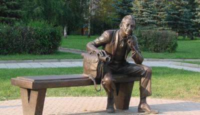 Стоит ли заказывать профессиональную установку памятника