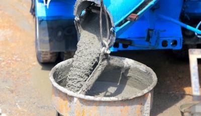 Новоселам на заметку: как выбрать качественный бетон для строительства дома